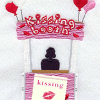 "Kissing Podcast – Advice from the ""Kissing Expert"" show"